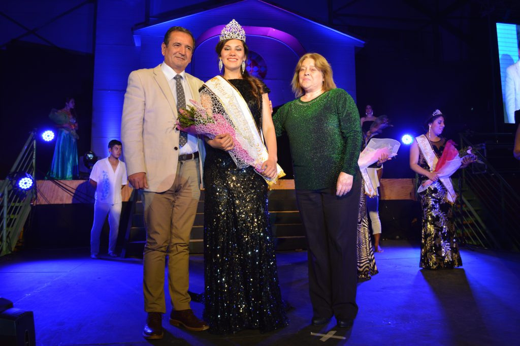 Bárbara Torres fue coronada como la soberana año 2018 de Puerto Aysén