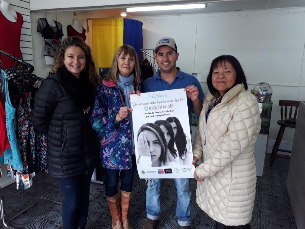 SernamEG y Municipalidad de Aysén a través de Centro Naa Alveré efectúa prevención de violencias en el pololeo enPuerto Aysén
