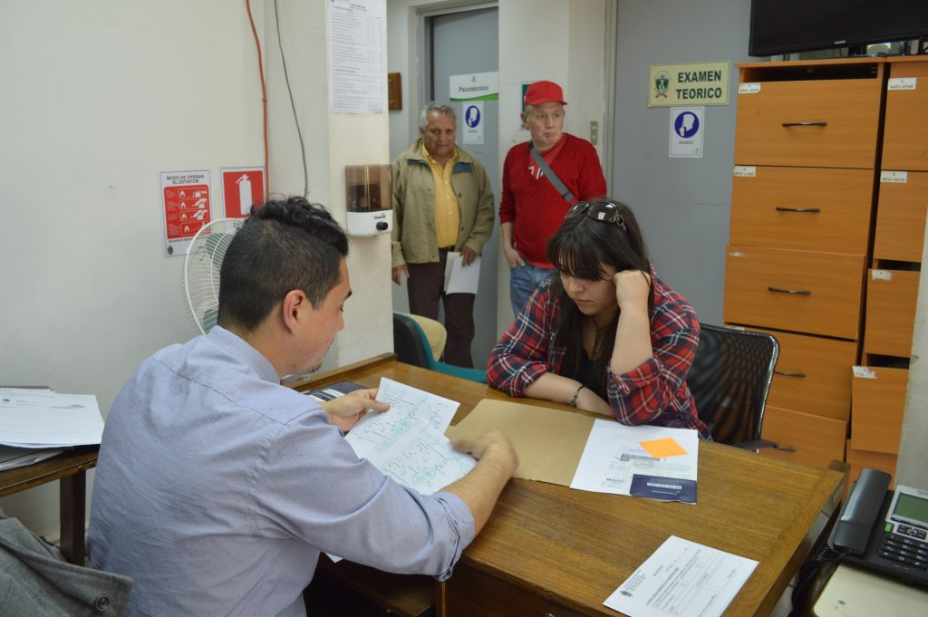 Municipio Aysenino inicia proceso  de renovación de permisos de circulación 2018