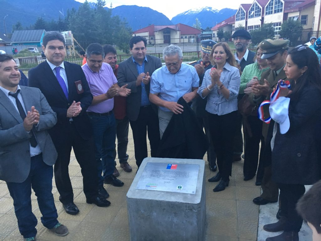 Municipio de Aysén y MINVU inauguran plaza en el barrio Ribera Sur Oriente de Puerto Aysén