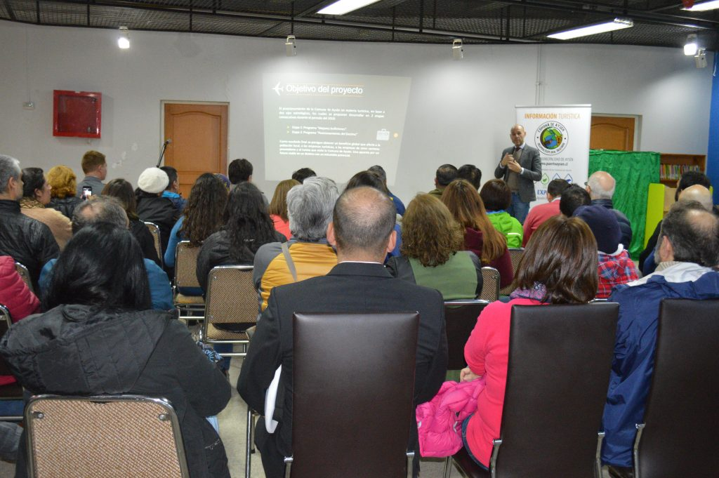 Operadores de Servicios de Turismo participan en capacitación impulsada por Municipalidad de Aysén