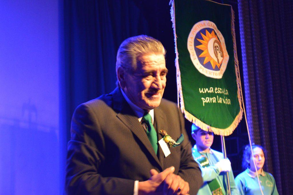 José Arredondo deja las aulas luego de 49 años de servicio