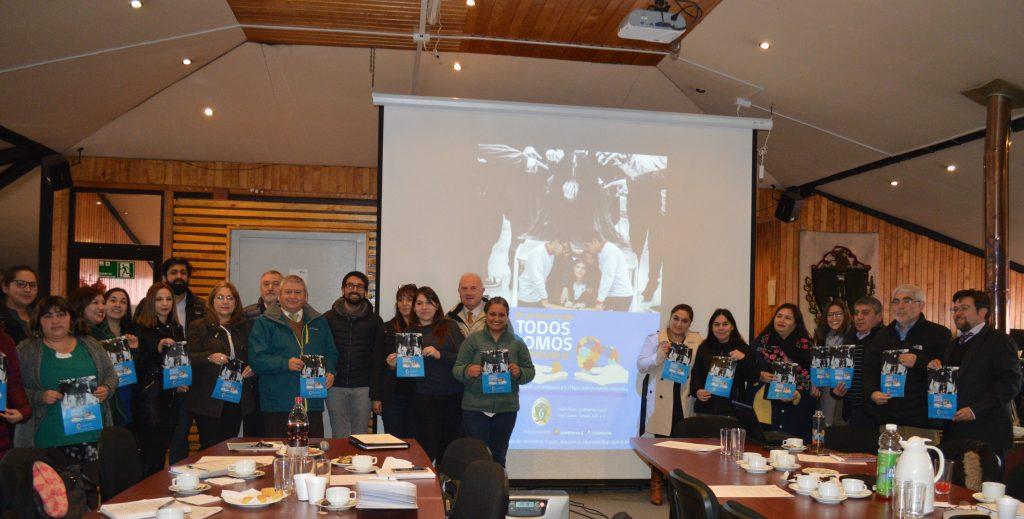 Con campaña de concientización por el buen trato en los colegios municipio aisenino conmemoró el día nacional de la convivencia escolar
