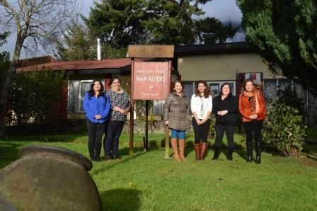 Centro de la Mujer Naa Alveré recibe visita de SEREMI de la Mujer y Equidad de Género