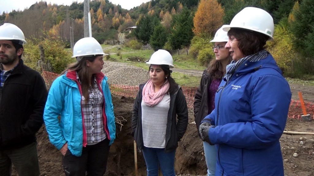 Importantes avances presenta construcción de viviendas en Villa Mañihuales