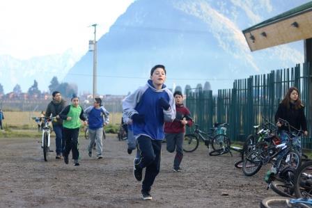 Más de 170 alumnos participaron 3° triatlón organizada por Escuela Básica Ribera Sur