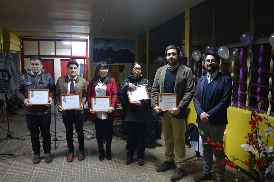Comunidad educativa de liceo Raúl Broussain Campino reconoce labor de docentes y alumnos por resultados obtenidos en SIMCE