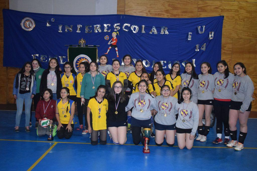Con éxito escuela poetisa Gabriela Mistral realizó 1° Interescolar de Voleibol Femenino