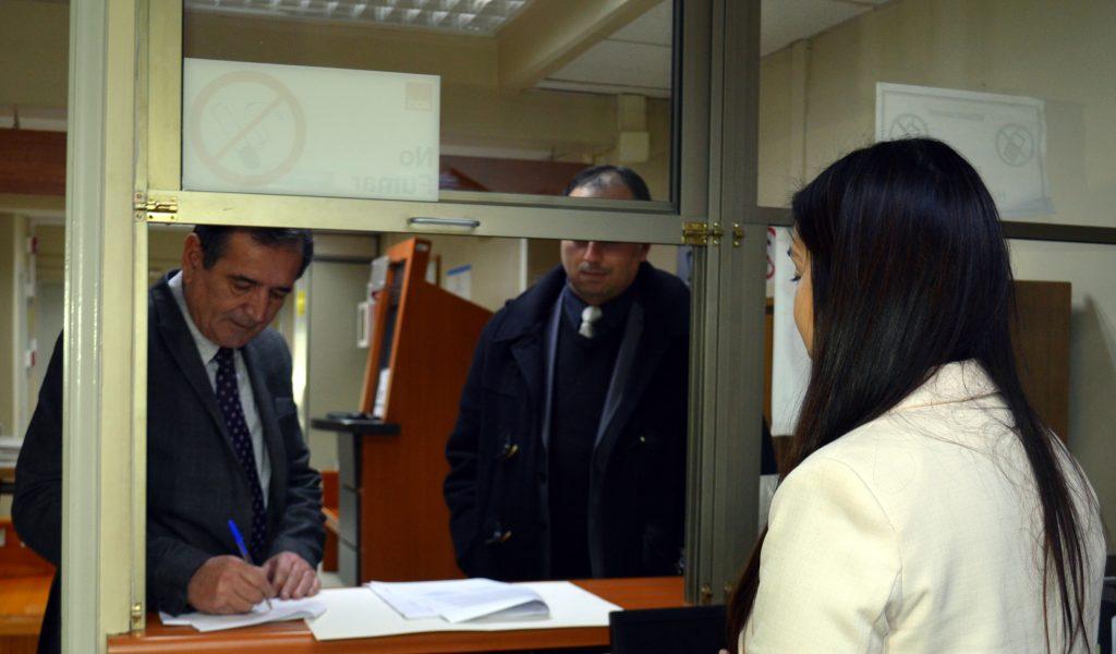 Municipalidad de Aysén interpone demanda civil contra bancos BCI y Santander por responsabilidades en hechos relacionados al fraude DEM