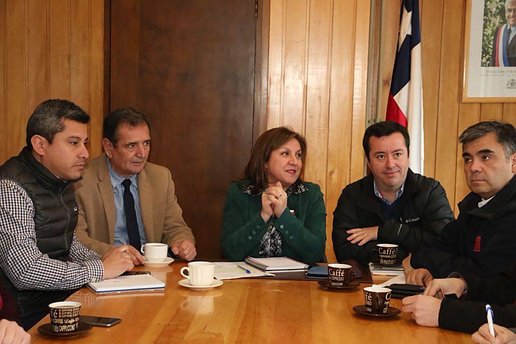 Autoridades regionales conocen proyecto impulsado por la municipalidad de Aysén que busca solucionar deficiencia de agua potable en Islas Huichas