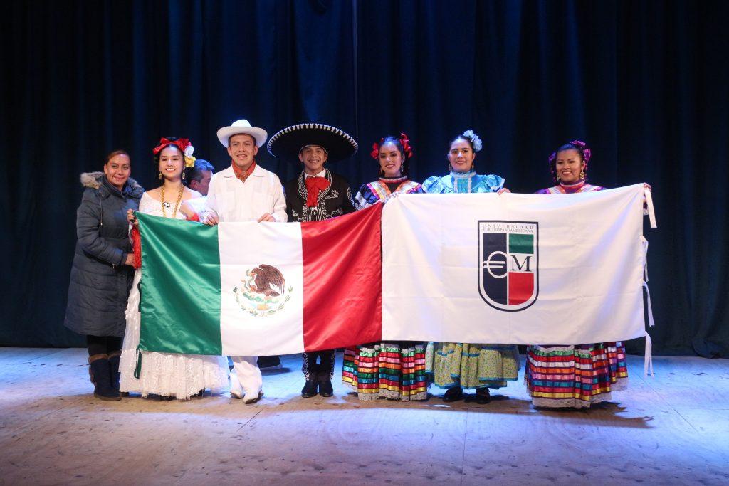 Compañías de danzas de Veracruz se presentaron en Cine Municipal de Puerto Aysén