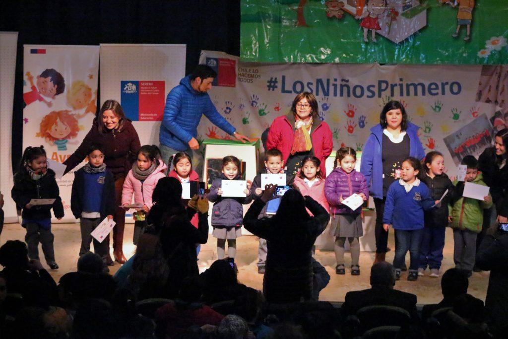 En comuna de Aysén se inició entrega de Rincones de Juego a niños de prébasica