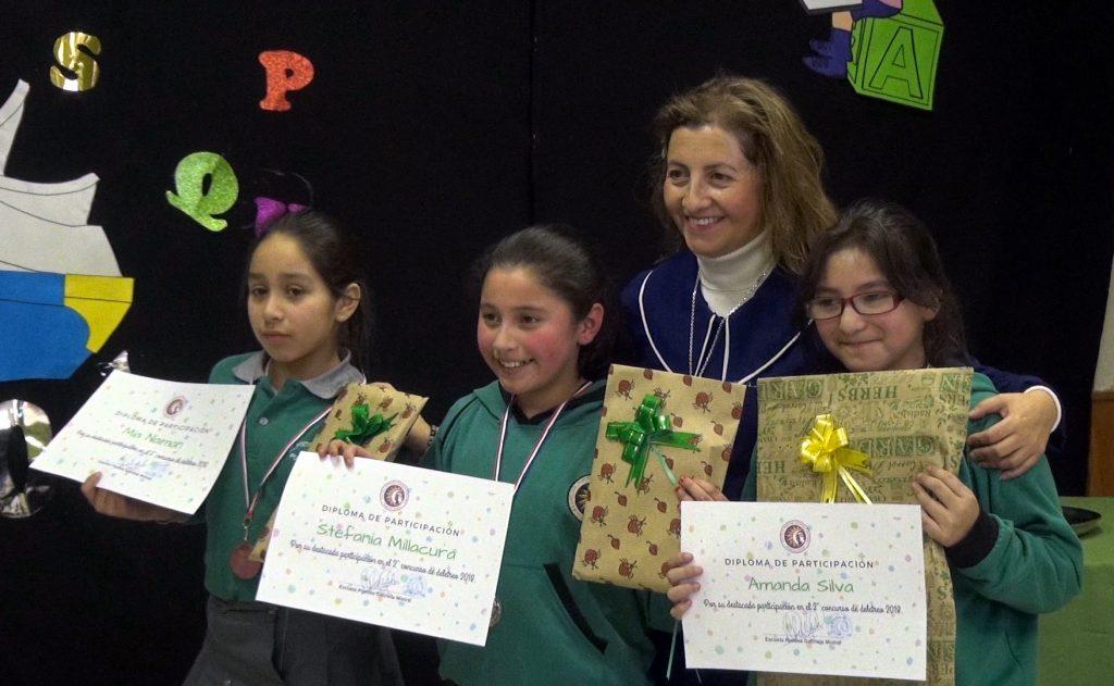 Escuela poetisa Gabriela Mistral realizó concurso de deletreo en español