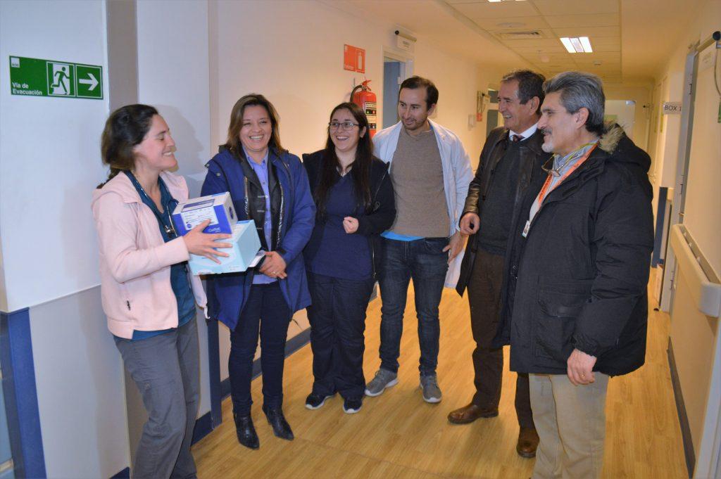 Municipalidad de Aysén entrega kit para detección temprana de virus respiratorios en menores