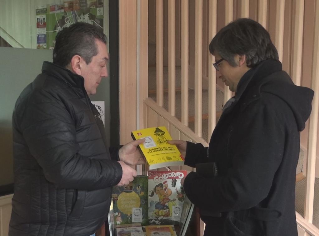 Encargado de Cultura valora proyectos que fomentan la lectura en la comuna de Aysén