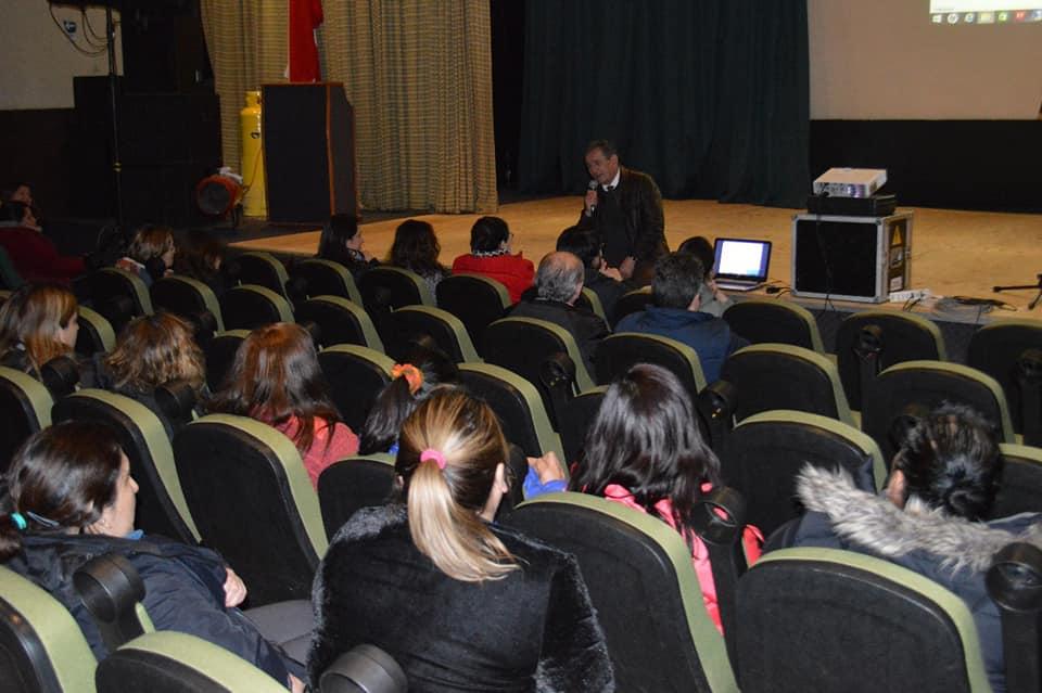 Alcalde Catalán propone a asistentes de la educación solución extrajudicial por recuperación de la bonificación compensatoria del Bono Zonas Extremas