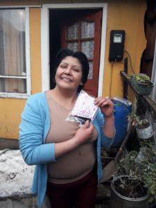 Vecinas de Ribera Sur Costanera entregan alrededor de 550 mascarillas auto confeccionadas a residentes del sector con apoyo de Quiero Mi Barrio