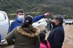 Autoridades y vecinos se reunieron para abordar una solución definitiva a la pasarela de Pangal Bajo en Aysén