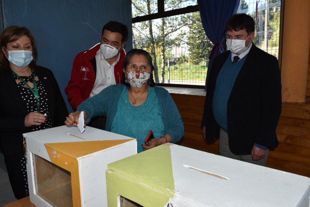 Autoridades y vecinos constataron medidas para efectuar un Plebiscito Seguro en Chacabuco