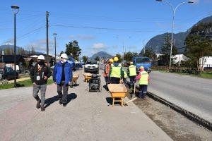 Municipio de Aysén desarrolla obras de mejoramiento vial en Ruta 240 a Puerto Aysén