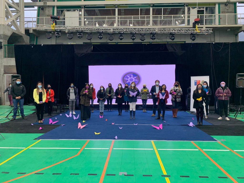 Centro de la Mujer de Puerto Aysén realizó positivo balance tras jornada de concientización de la Violencia en el Pololeo