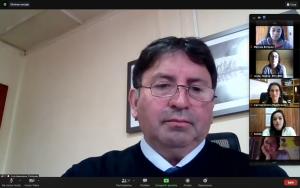 Capacitan a personal de Educación Municipal de Aysén en el uso de iPads para comunicación aumentativa