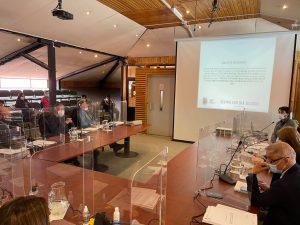 Educación Municipal de Aysén dotará de Planes de Banda Ancha Móvil a sus estudiantes
