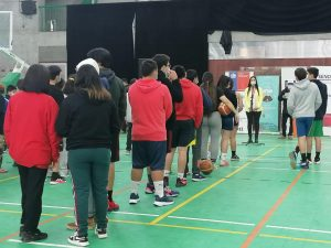 Más de 70 estudiantes fueron parte del lanzamiento del Campeonato de Triples en Aysén