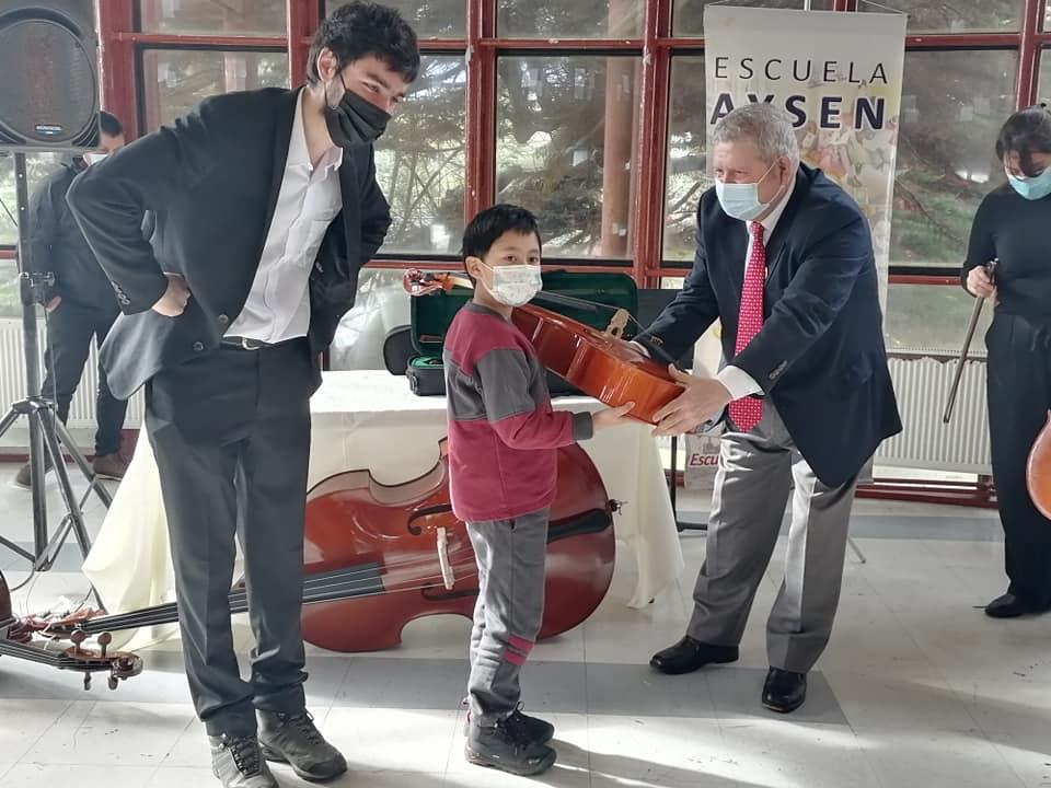 En Escuela Aysén conforman primera Orquesta Pre Infantil de la región