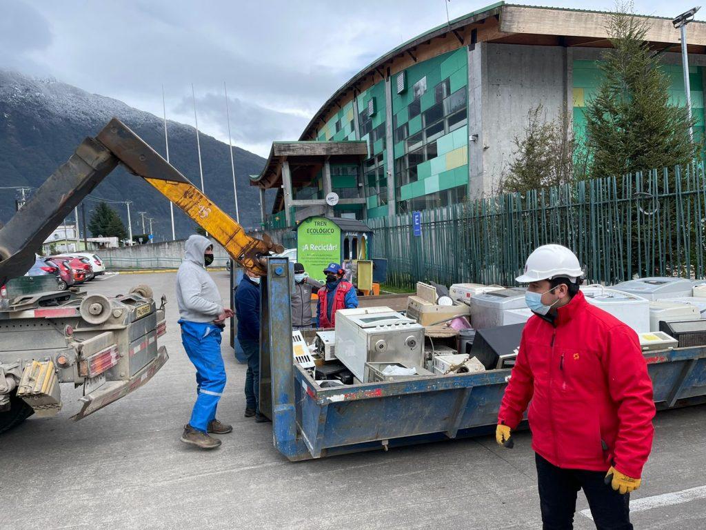 Gran recepción vecinal marcó jornada de cuidado por el ambiente en Aysén
